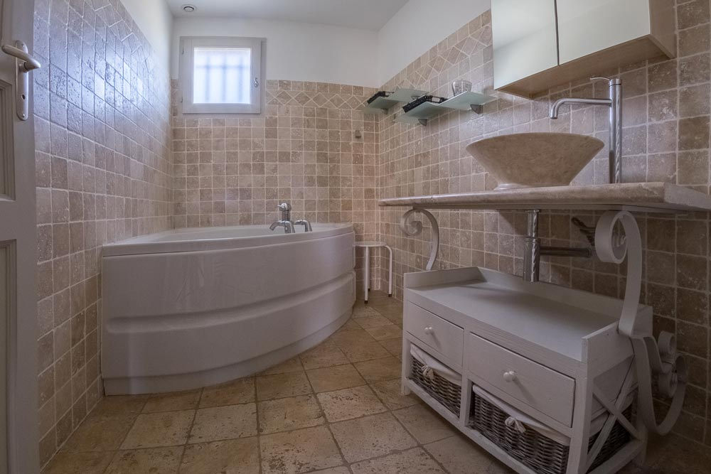 Bathroom house Papillon Mititia residence Provence