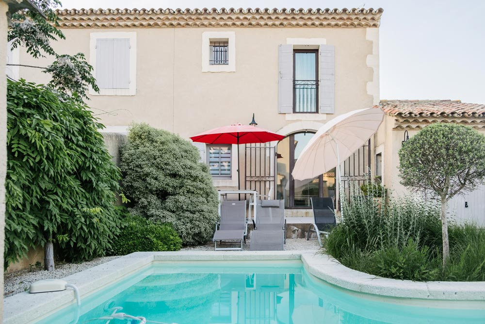 Swimming pool house Buis Mititia residence Provence